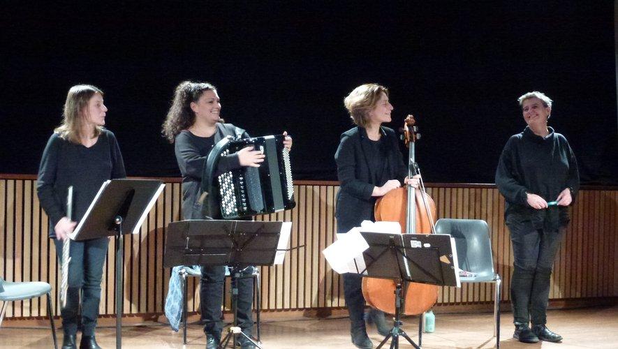 Les quatre artistes ont présenté un spectacle de qualité à St-Côme-d'Olt.