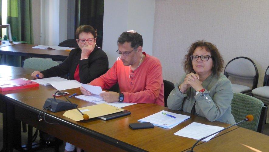 Les élus de gauche : Nadine Bosc, Sébastien Vervialle et Nicole Puech.