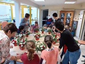 Art floral avec les enfants.