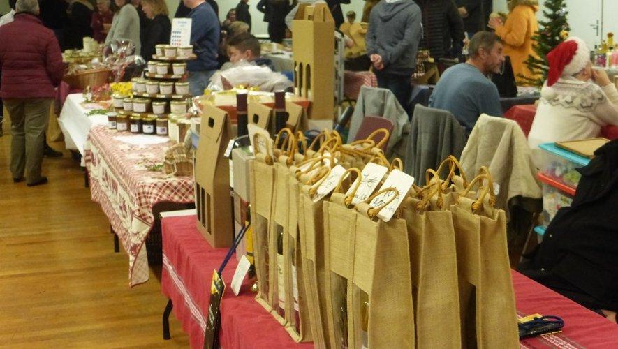 Un large éventail de produits était proposé aux visiteurs.