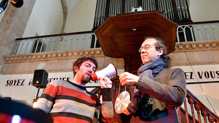 Vincent Dubus et Baptiste Genniaux sous l'orgue du Temple.