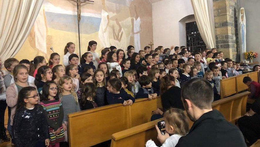 Les élèves ont chanté Noël