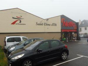 Une fois par semaine, les clients de Netto peuvent faire leurs courses dans le calme.