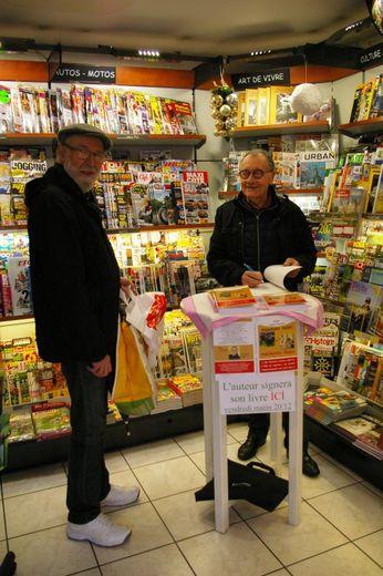 Roger Lajoie-Mazenc a dédicacé son dernier livre.