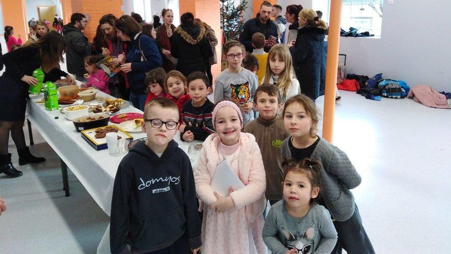 L'esprit de Noël  a réuni la communauté scolaire de l'école Emile-Zola