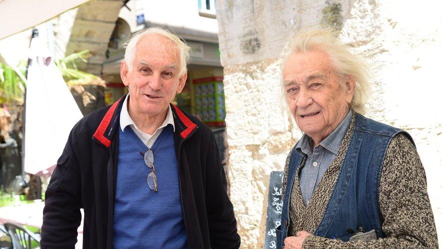 Jean Javelaud avec le fondateur du Centre d'études des Bastides, Claude Calmettes.