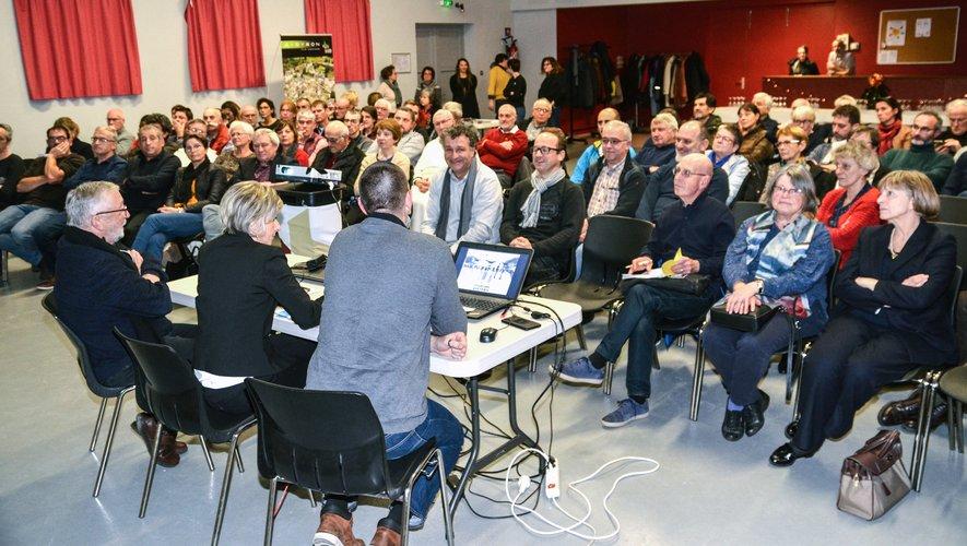 Régine Combal a présentéle rapport d'activités 2019.
