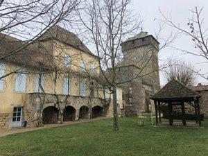 La mairie de Sainte-Croix.