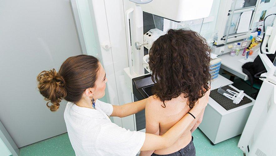 Le cancer du sein est l'un des cancers les plus fréquents chez les femmes, avec plus de deux millions de nouveaux cas diagnostiqués l'an dernier dans le monde.