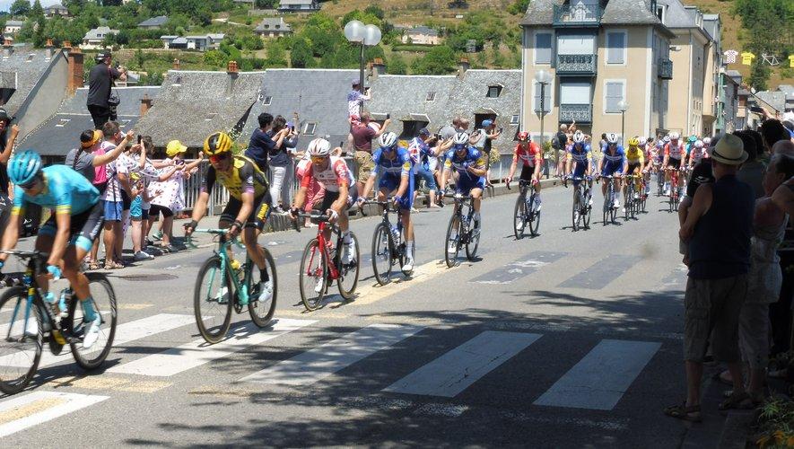Le passage du Tour de Francea attiré un public nombreux.