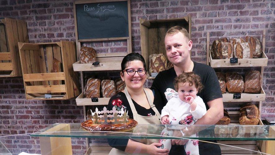 Guillaume Lecœur, avec sa famille, est venu s'installer au village pour reprendre la boulangerie.