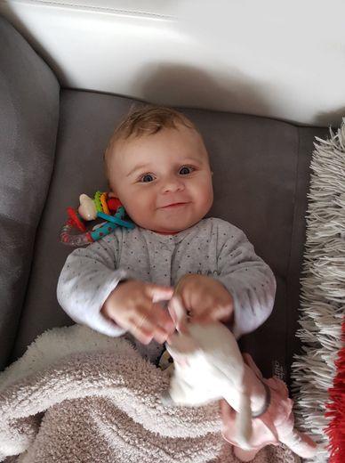 La petite Léna est née à Rodez le 24 mai 2019.