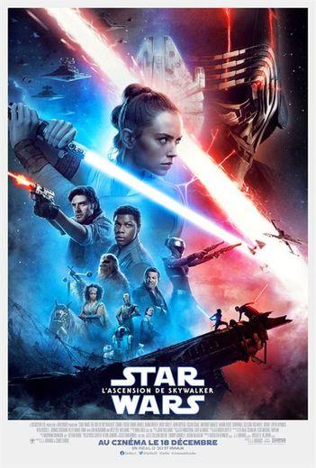 """A la tête du box-office pour la troisième semaine consécutive, le neuvième épisode de """"Star Wars"""", qui met un terme à la saga originale vieille de 42 ans, 'Star Wars : L'Ascension de Skywalker,' a attiré plus de 900.000 nouveaux spectateurs."""