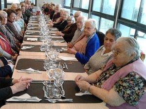 Les aînés se sont retrouvéspour le repas de fin d'année.