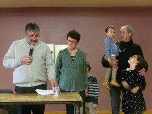 Le maire  en compagnie de  Maryse et Francis, son mari.