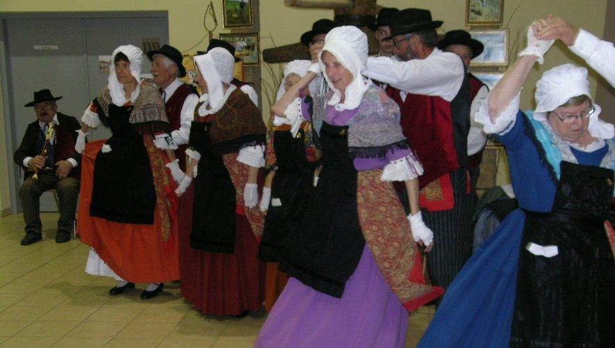 Les danseurs et danseuses du groupe folklorique seront bien présents.