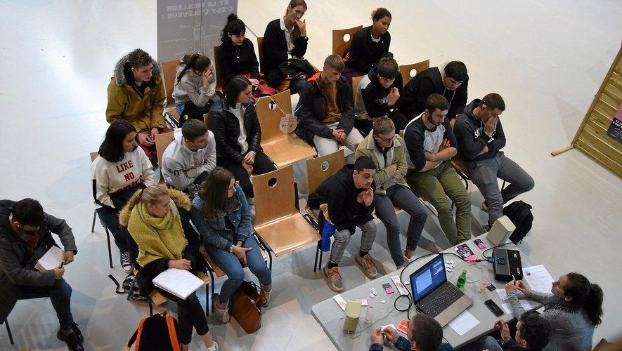 Le « forum des filières  qui recrutent », à Rodez,  a rassemblé plus de 230 étudiants.