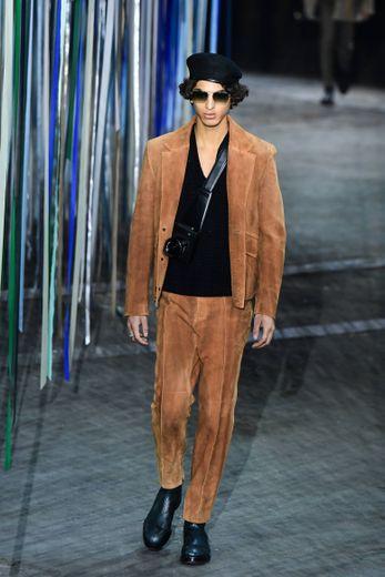 C'est une collection plus chic et classique que présente Ermenegildo Zegna pour l'automne-hiver 2020-2021 avec des costumes parfaitement coupés et des silhouettes aussi élégantes que fonctionnelles. Milan, le 10 janvier 2020.