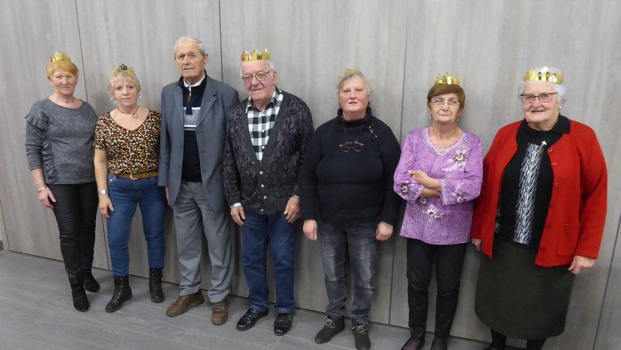 Des couronnes pour les reines et les rois du club