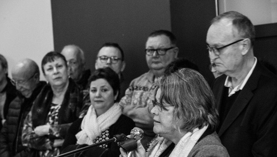 Michèle Buissinger, conseillère départementale prend la parole.