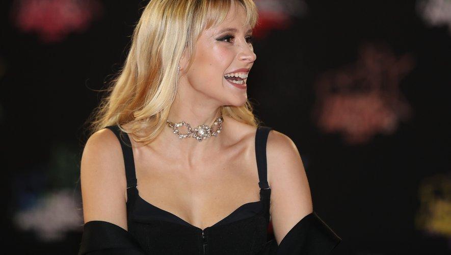 """La chanteuse Angèle est nommée dans trois catégories - """"artiste féminine"""", """"concert"""" et """"création audiovisuelle"""" pour """"Balance ton quoi"""", hymne féministe illustré par un clip ou joue Pierre Niney."""