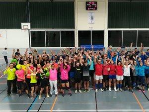 La soixante de participants au tournoi de volley inter-associations de samedi dernier.