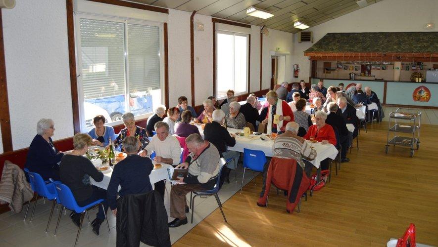 Près de 70 adhérents assistaientà la salle des fêtes de Lacalm pour l'assemblée générale du club.