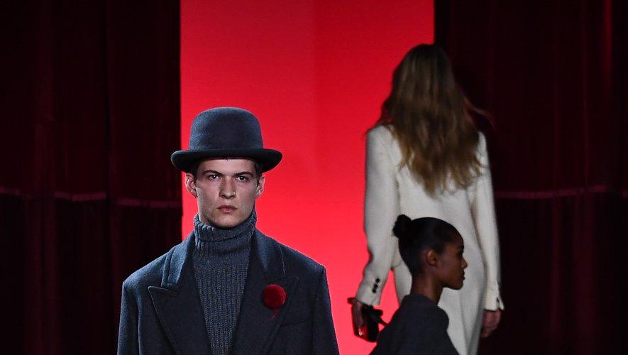 AMI by Alexandre Mattiussi présente une collection androgyne, aussi élégante que romantique, pour la saison automne-hiver 2020-2021. Paris, le 14 janvier 2020.