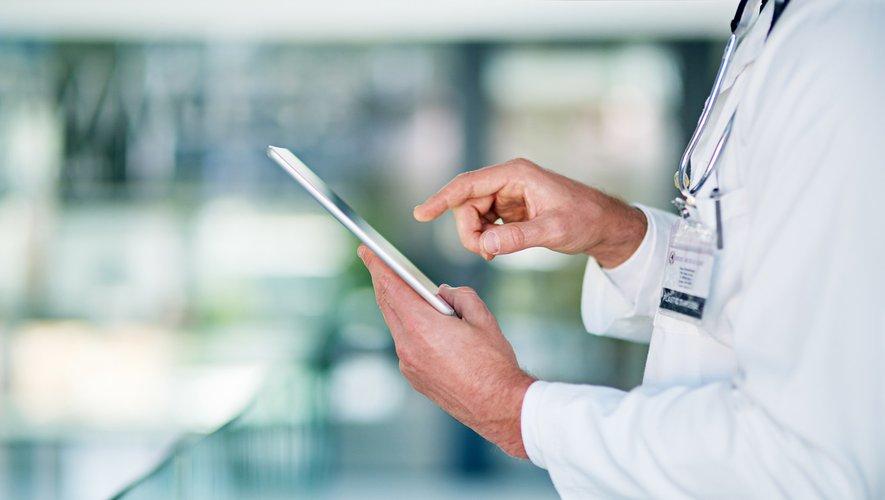 Pour les médecins, l'utilisation des réseaux sociaux est à double tranchant.