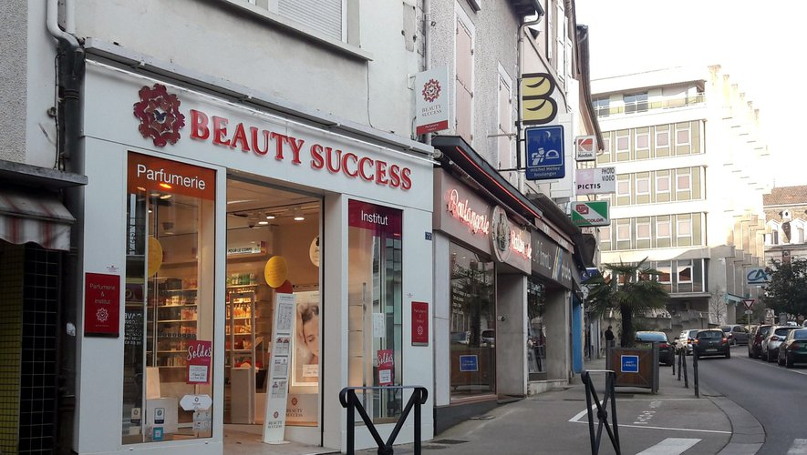 Le magasin Beauty Success a été la cible d'un vol à l'étalage.