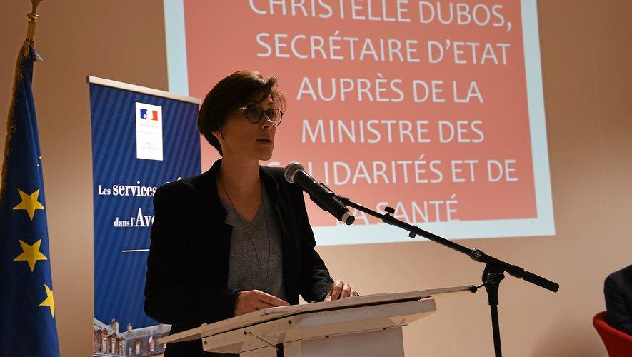 Christelle Dubos milite pour réinvestir dans les politiques d'accompagnement des publics plus précaires.