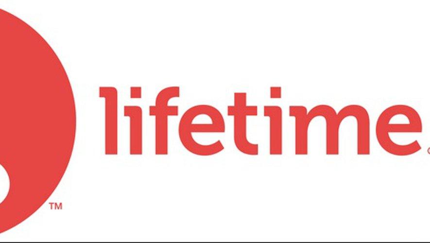 """La chaîne de télévision américaine Lifetime a diffusé la série documentaire """"Surviving R. Kelly"""" en janvier 2019 sur son antenne."""