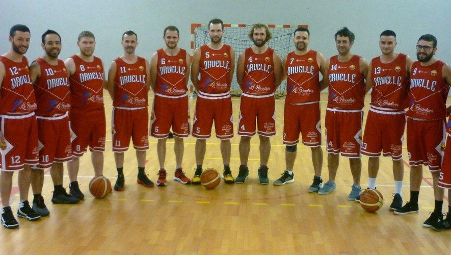 Les seniors du basket club druellois.