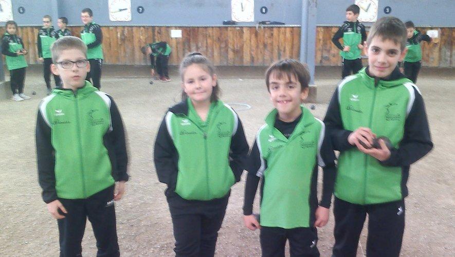 Mathéo, Maëva, Julian et Anzo ont gagné la première rencontre.