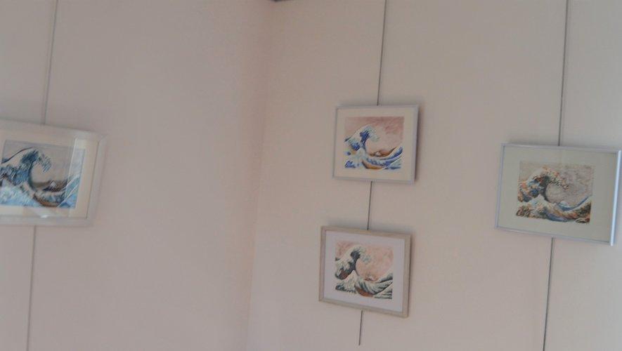 Un pont graphique des œuvres d'Hokusaï vers les mangas.