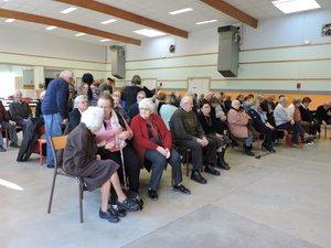 De nombreux aînés étaient présents.