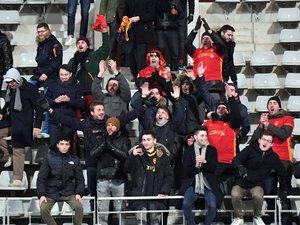 Chants, maillots et ambiance bon enfant : les fans de Rodez se sont fait remarquer dans les travées du stade Charléty, vendredi.