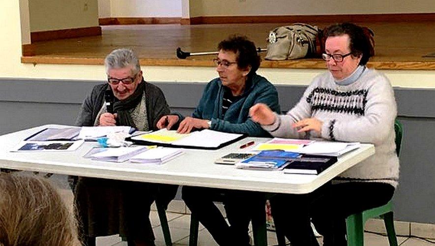 Le bureau du club réélu.De gauche à droite : Denise Galtier, Annie Quiniou et Michèle Barry.