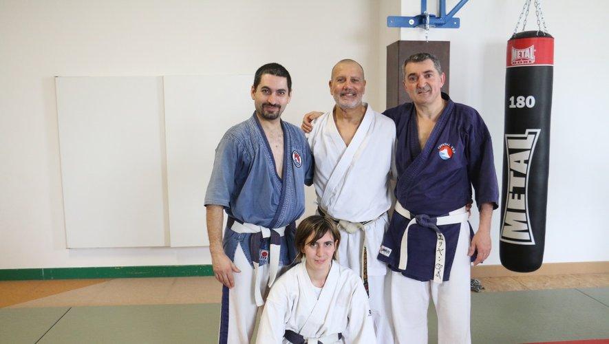 Les membres du Yoseikan budo côtoient régulièrement les meilleurs experts de la discipline.
