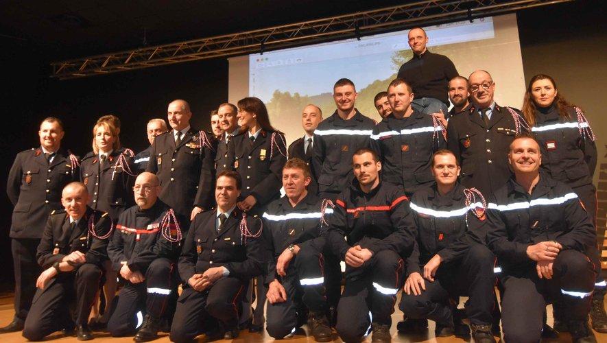 Les pompiers du centre de secours local à la Ste Barbe