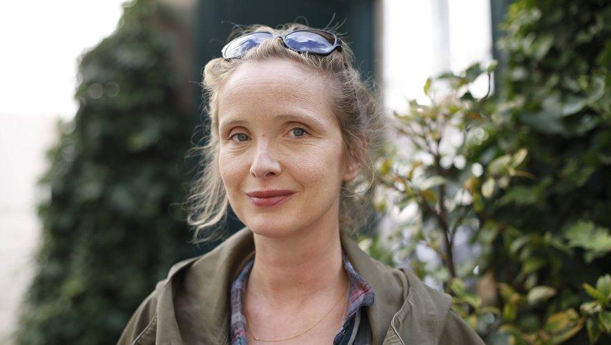"""Julie Delpy va créer sa première série intitulée """"On the Verge""""."""