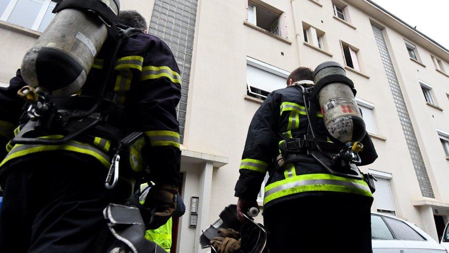 Les pompiers ont sécurisé les lieux et procédé à l'examen des résidents.