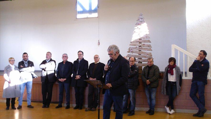 Au premier plan Yves Regourd ,  le maire qui briguera  un nouveau mandat