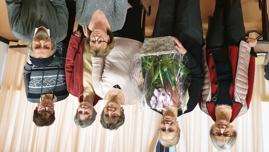 Le nouveau bureau a remercié chaleureusement Denise Fau, l'ancienne présidente.