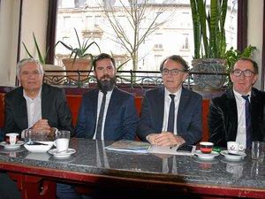 Joseph Donore, Christophe Lauras, Christian Teyssèdre  et Jean-François Bouges, candidats pour la liste  « Notre parti, c'est Rodez ».