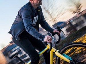 Fan inconditionnel de vélo à pignon fixe, le Ruthénois développe aujourd'hui sa marque « Wish One Cycles ».MP