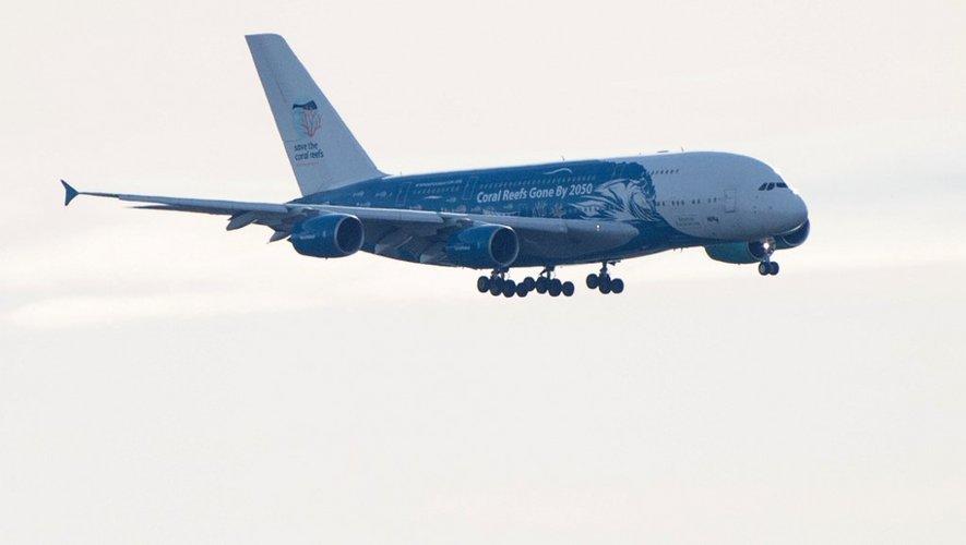 L'A380 qui s'est posé vers 14H30 sur la base militaire d'Istres transportait, en comptant les Français, des passagers de 30 nationalités différentes.
