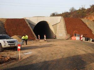 Le tunnel n'est pas encore enfoui mais le chemin des Douzes a été rouvert.