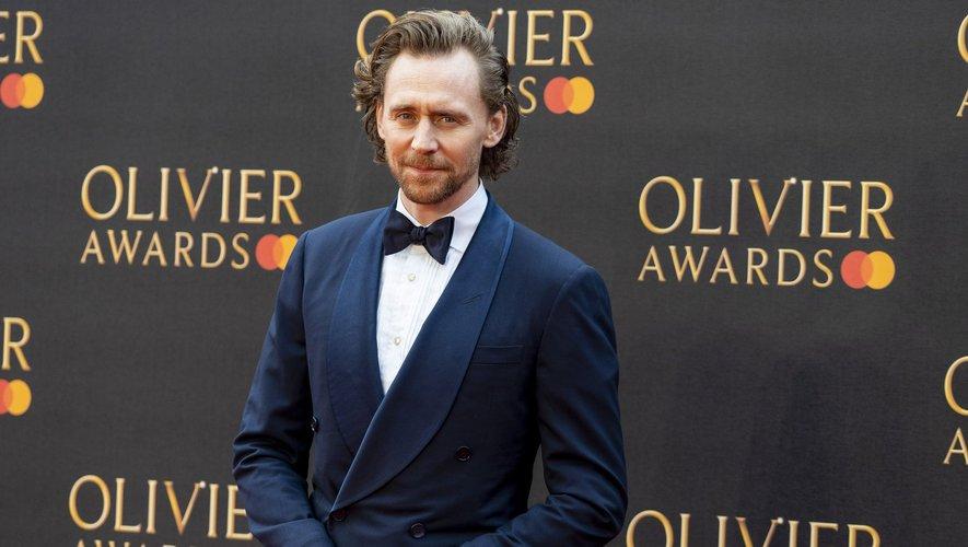 """Tom Hiddleston a rejoint l'univers Marvel en interprétant le personnage de Loki dans """"Thor"""" de Kenneth Branagh en 2011 aux côtés de Chris Hemsworth."""