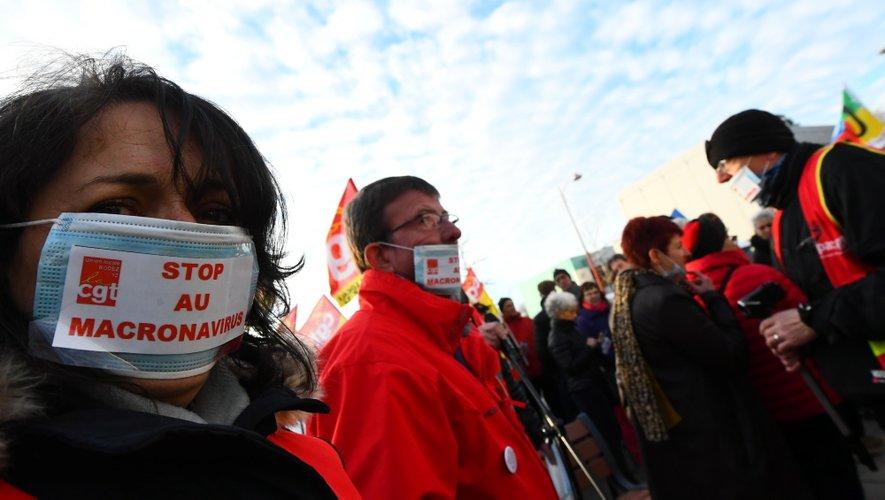 Environ 200 manifestants étaient présents devant l'hôpital Jacques-Puel de Rodez, ce jeudi 6 février.